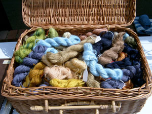 naturally-dyed yarns